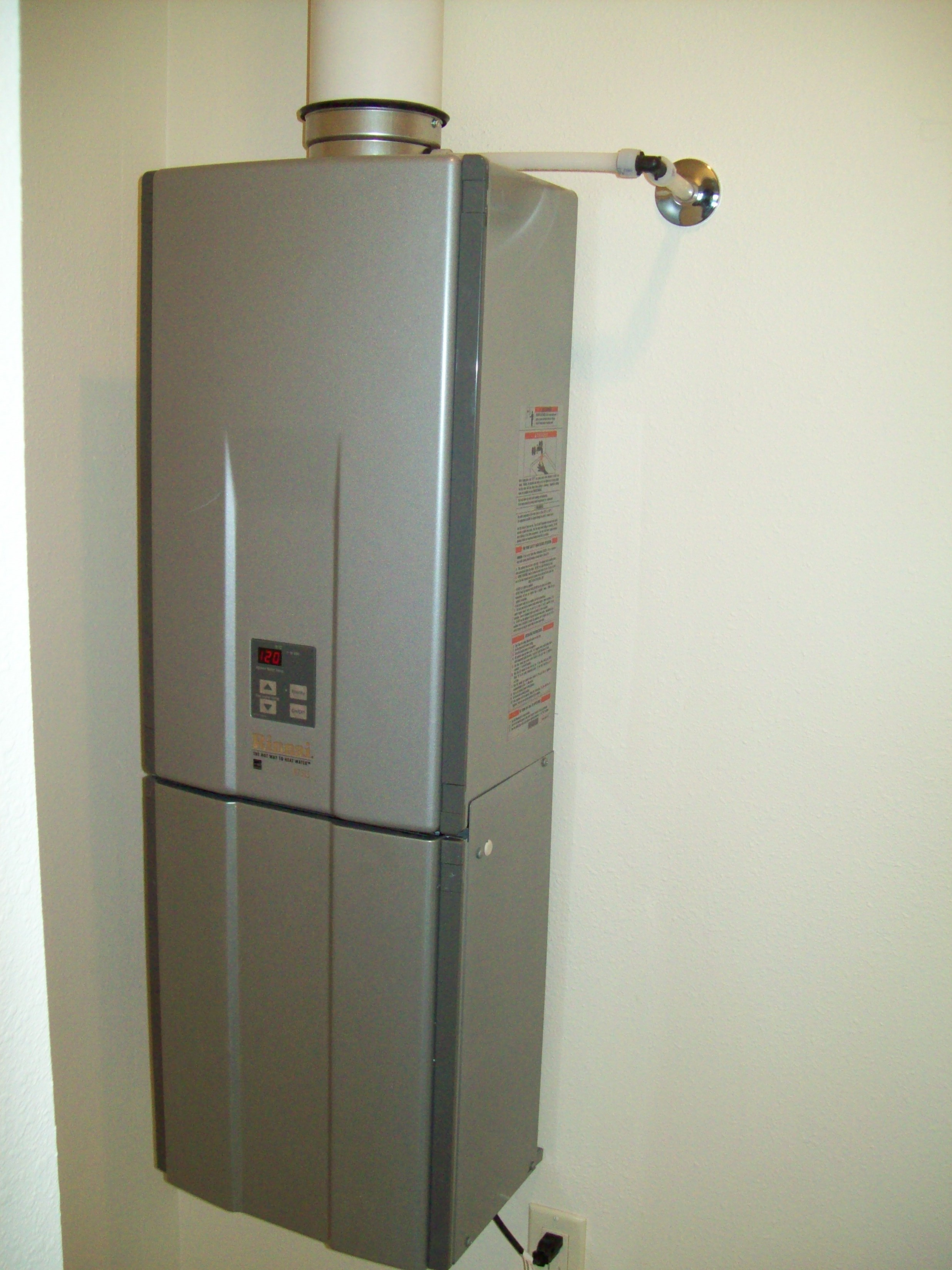 Tankless Water Heaters 187 Installation Photo S Of Tankless